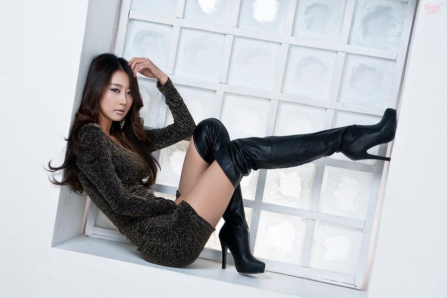 mujer botas altas